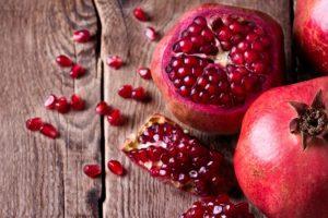 10 Manfaat Buah Delima yang Baik untuk Kecantikan dan Kesehatan