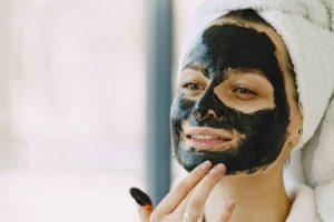 10 Masker Wajah Terbaik untuk Menghilangkan Jerawat Membandel